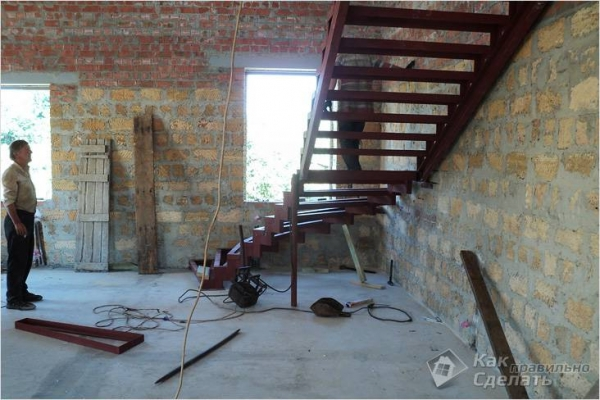 Лестница из профильной трубы своими руками — изготовление лестницы из металлического профиля (+фото)