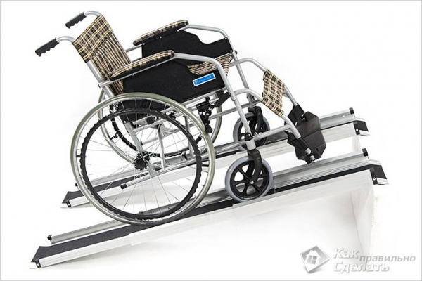 Как сделать пандус своими руками для коляски — в подъезде +фото