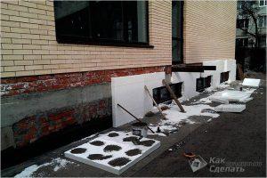 Как утеплить цоколь дома — выбор материала и теплоизоляция